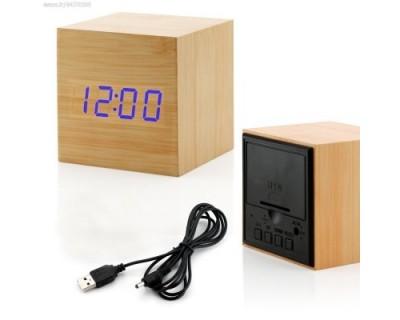 ساعت و دماسنج رومیزی طرح چوب مربعی